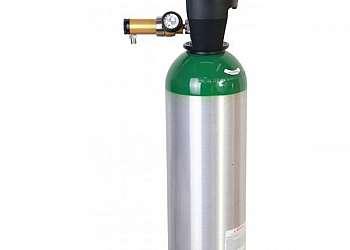 Cilindro de oxigênio hospitalar